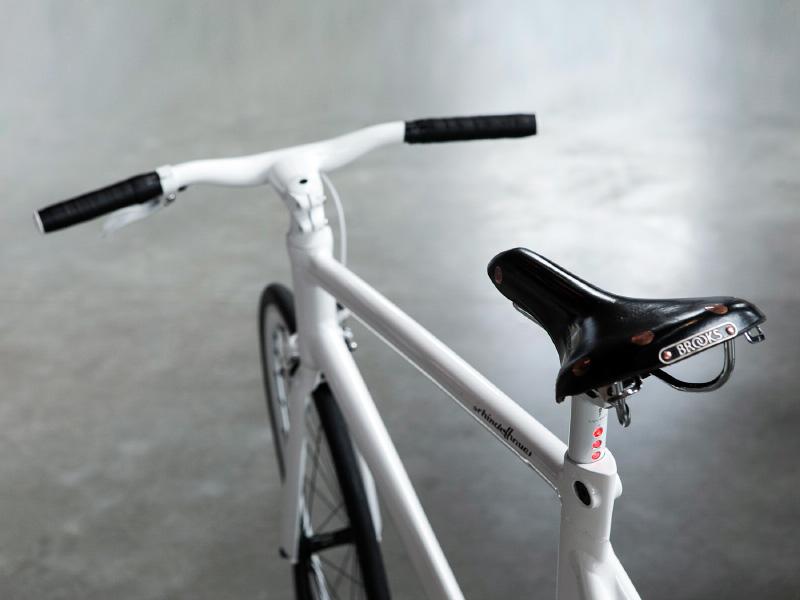 Festibal con B de bici foto © luis diaz diaz