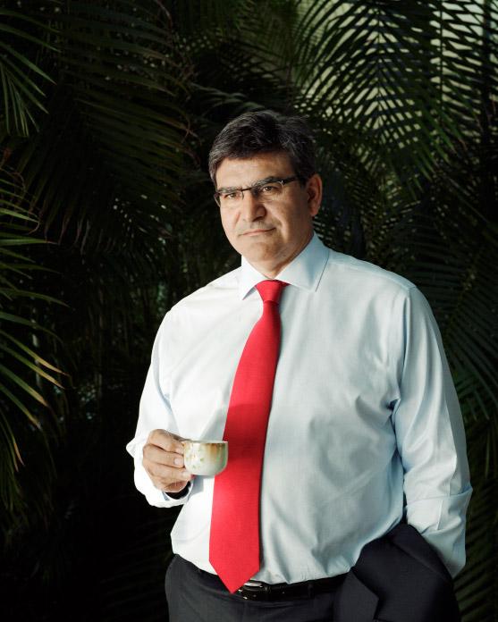 Jose_Antonio_Alvarez_for_Bloomberg_Markets_by_Luis_Diaz_Diaz_cover