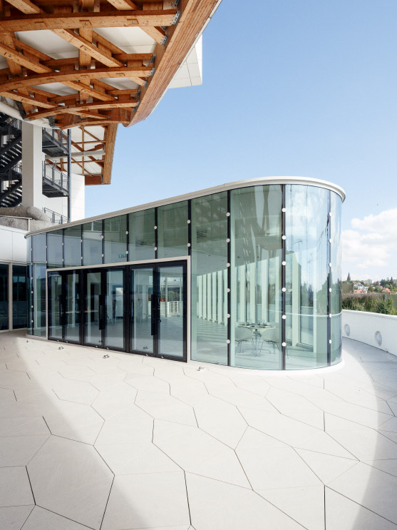 Salle_Restauration_Pompidou_Metz_by_Studiolada_photo_Luis_Diaz_Diaz_07